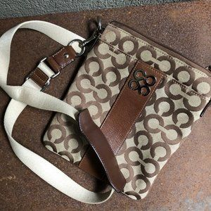 Authentic Coach Julia Op Art Swing Pack Leather